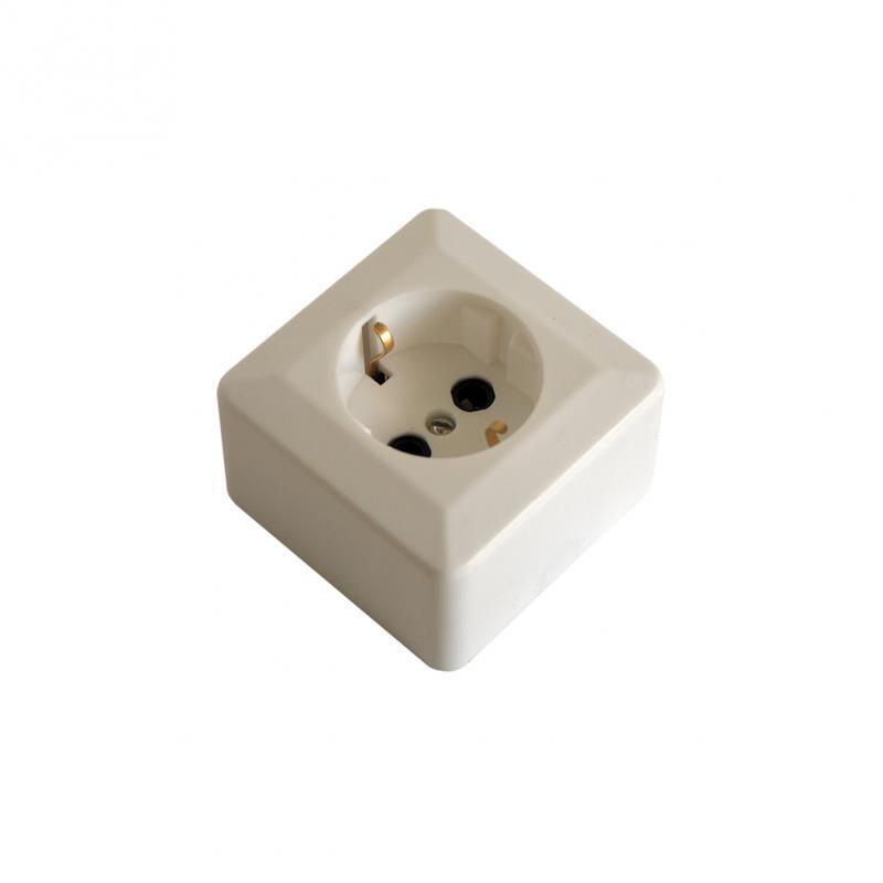 Розетка Duwi Basis белая c заземлением Оп 26401 9