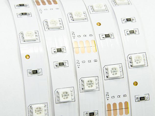 Лента светодиодная 5050 Apeyron 30д/м 7,2Вт 12V Rgb 5м Ip23 (38) фото